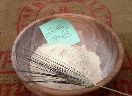 Farina semi integrale di grano duro antico macinata a pietra