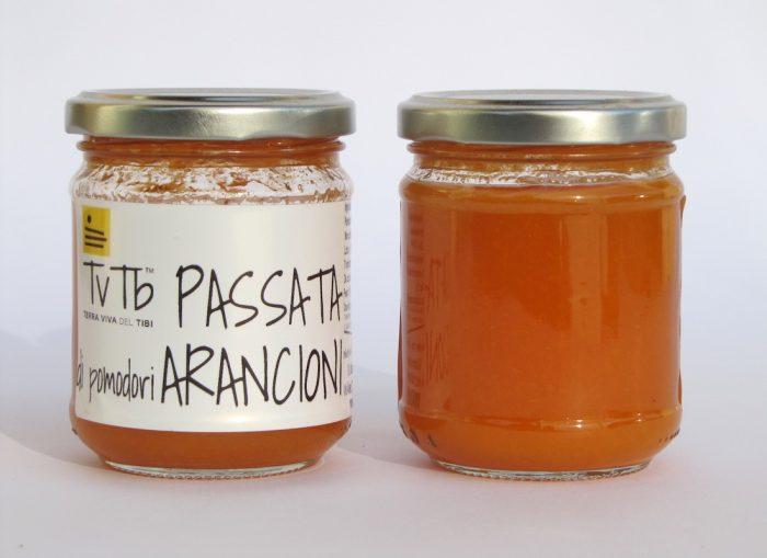 Passata di pomodoro arancione