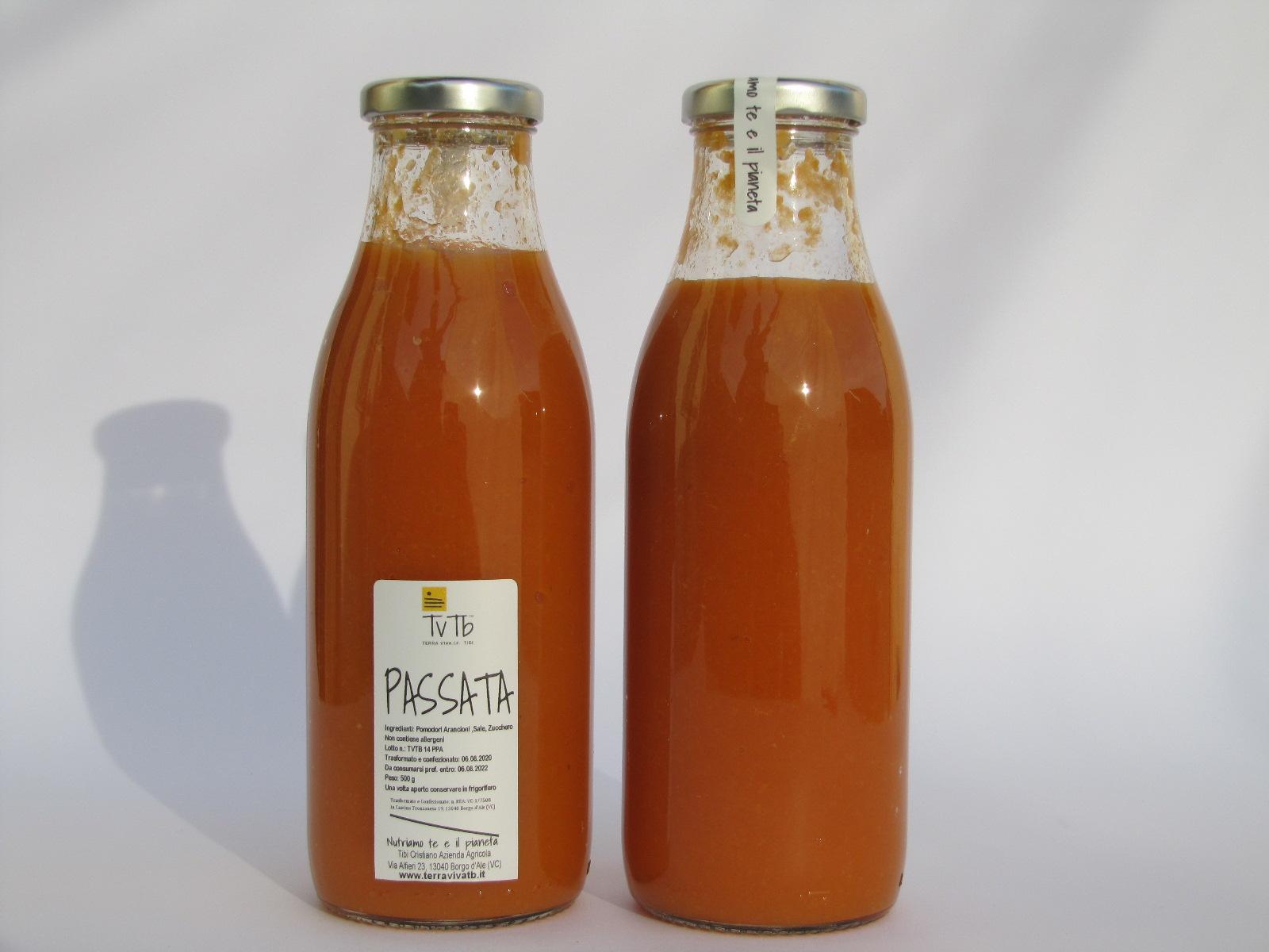 Passata di pomodoro arancione grande