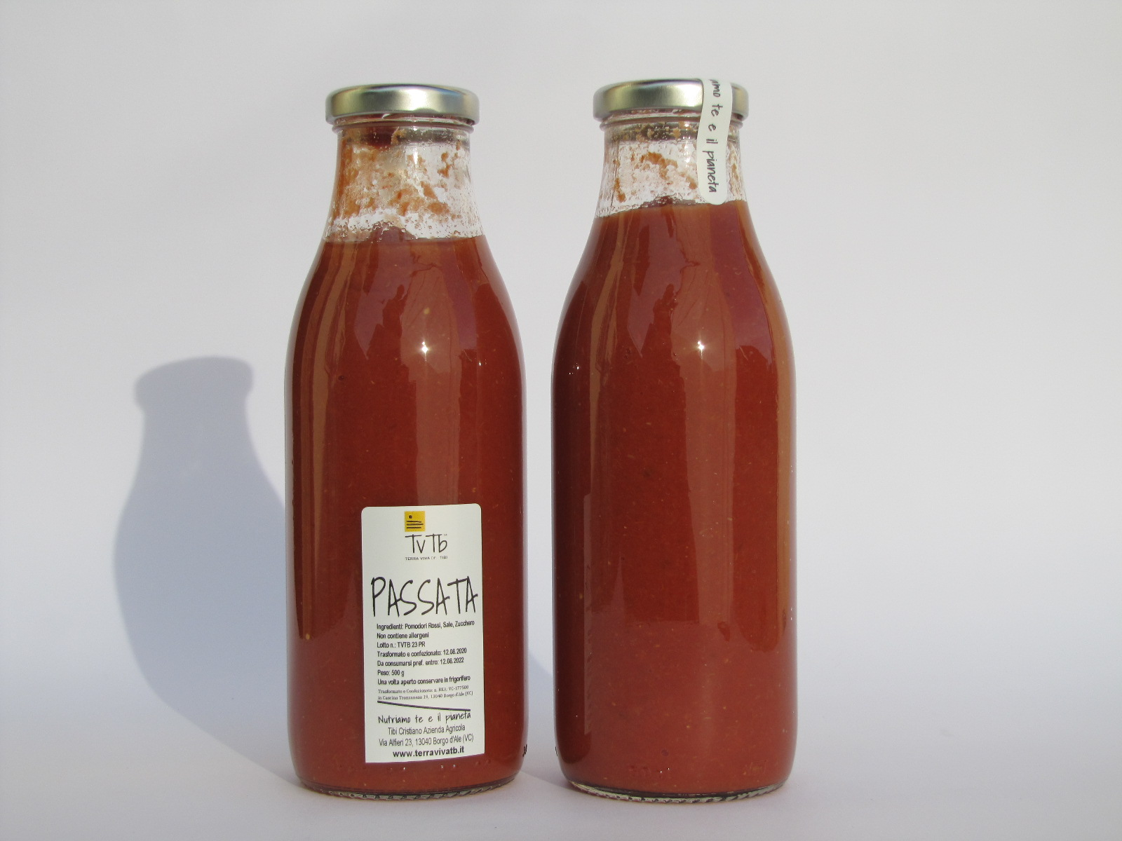 Passata di pomodoro rossa grande